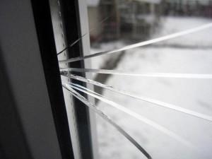 Ремонт разбитых пластиковых окон